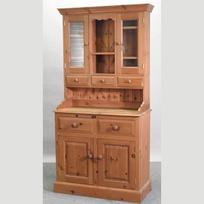 Lot 48 - A modern pine dresser