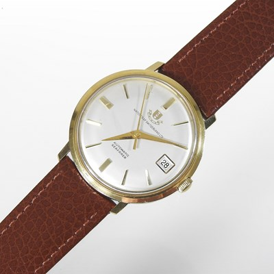 Lot 49 - A Watches of Switzerland 18 carat gold cased gentleman's vintage wristwatch