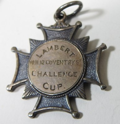 Lot 7 - A group of three World War I medals