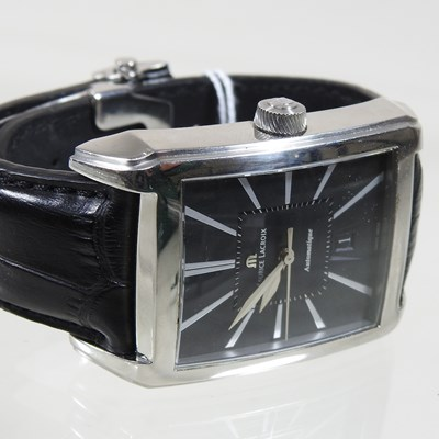 Lot 44 - A modern Maurice Lacroix steel cased gentleman's automatic wristwatch