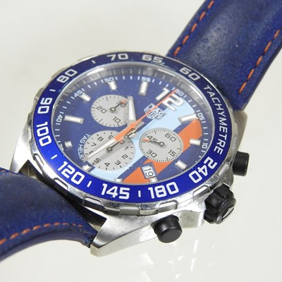 Lot 28 - A modern Tag Heuer gentleman's Formula 1 Gulf chronometer wristwatch
