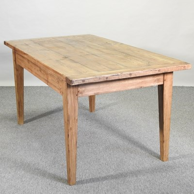 Lot 36 - A large modern pine dining table